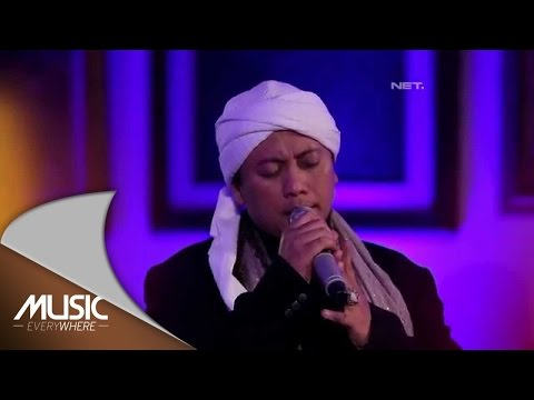 Opick (Feat Wulan) - Alhamdulillah (Live at Music Everywhere) *