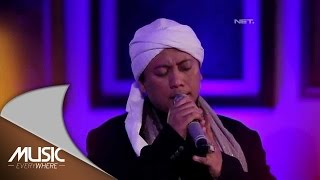 Video Opick (Feat Wulan) - Alhamdulillah (Live at Music Everywhere) * download MP3, 3GP, MP4, WEBM, AVI, FLV September 2018