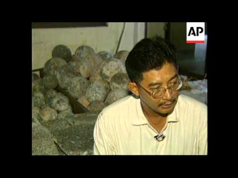 PHILIPPINES: ARCHAEOLOGISTS STUDY ARTEFACTS FROM ANCIENT SHIPWRECK