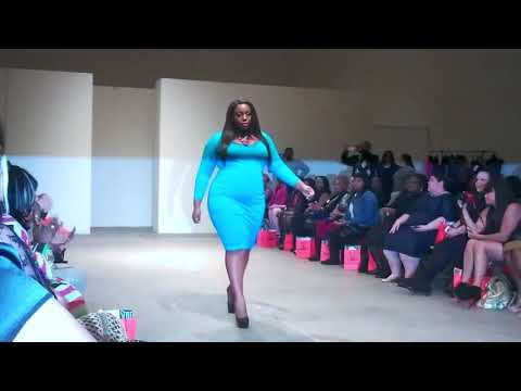 Curvy Ladies Fashion | Fashion Week Plus Size 2018. http://bit.ly/2JJu2X1