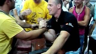 Stefan Tamas vs Ionut Sutu vs Sabin Badulescu in afara concursului.AVI
