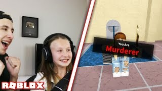 ENSEÑAR A MI SISTER COMO SER PRO EN MURDER MYSTERY 2! (Roblox)