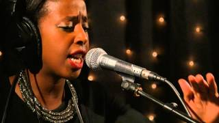 Cold Specks - Living Signs (Live on KEXP)