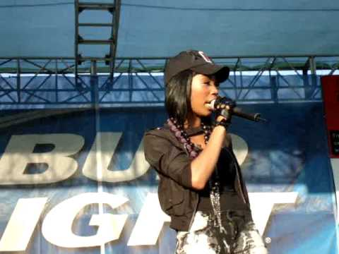 Brandy - Right Here (Departed) (Live at San Jose Gay Pride)