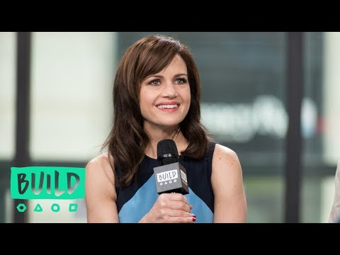 Carla Gugino Discusses Working With Gary Oldman