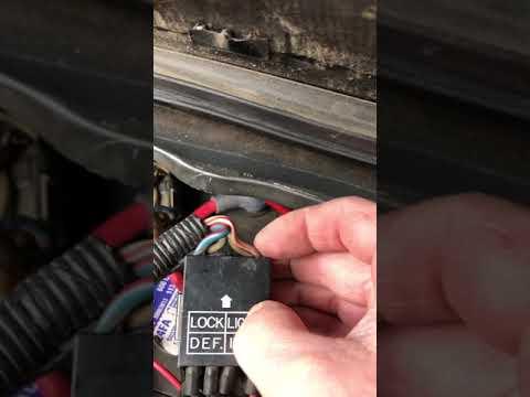 mitsubishi delica l300 starwagon electrical issue fix (no headlights/tail  lights/interior/horn)