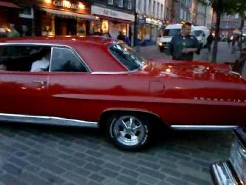 1964 Pontiac Bonneville - YouTube