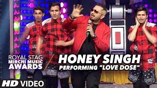 """Honey Singh Heart Pumping Performance""""LOVE DOSE"""" At The Royal Stag Mirchi Music Awards 2016"""