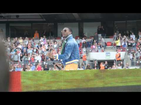OMI - Cheerleader @ Summertime Ball 2015