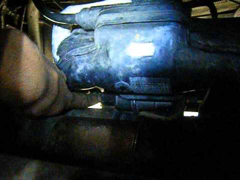 2001 Ford Focus Zx3 How To Iac Valve Removal Youtube