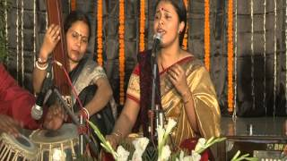 Nabanita Chowdhary - an wonderful Dadra in Raag Pahadi.