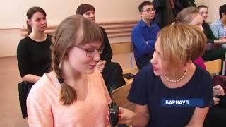 На Алтае выберут лучшего чтеца для участия в финале всероссийского чемпионата по чтению вслух
