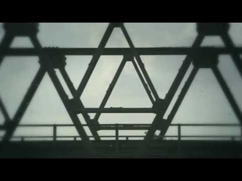 Music Video Theme Song Sang Pemimpi - Gigi