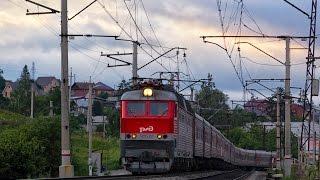ЧС7-191 и ЭП2К-258 с пассажирскими в Миассе(, 2016-08-13T17:04:30.000Z)