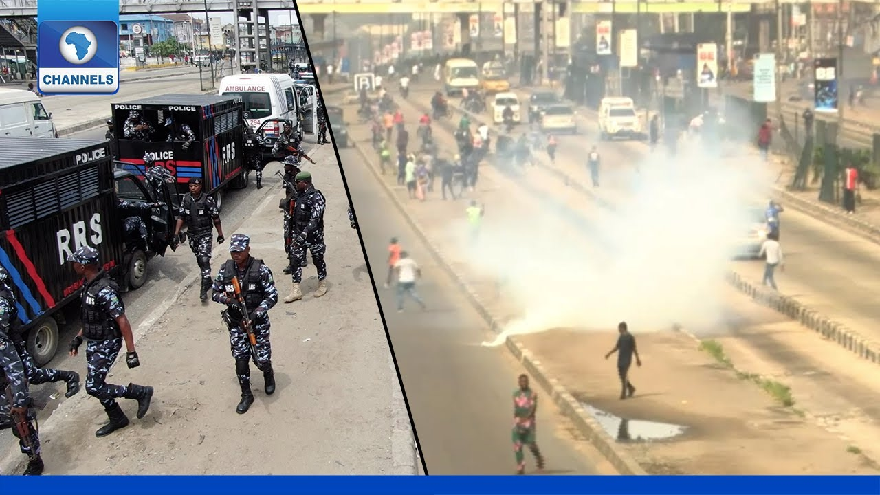 Download Police Shoot Teargas To Disperse Protesters In Ojota