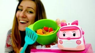 Guardería Infantil - Cena para Barbie y Amber