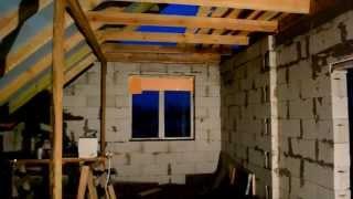 Закрываю окна на втором этаже, на зиму, старыми окнами, временно