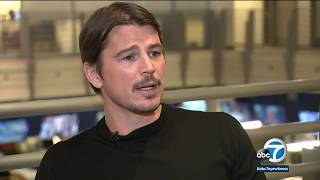Actor Josh Hartnett stretches comedy muscles in