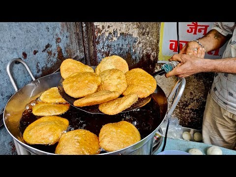 ALOO PYAZ KACHORI | Oldest Shop in Zaveri Bazaar Khau Galli | Indian Street Food