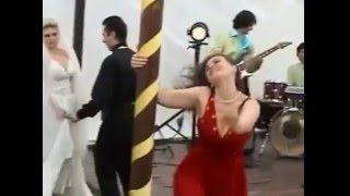 Download Video Drunk Wedding Girl Out Of Control MP3 3GP MP4
