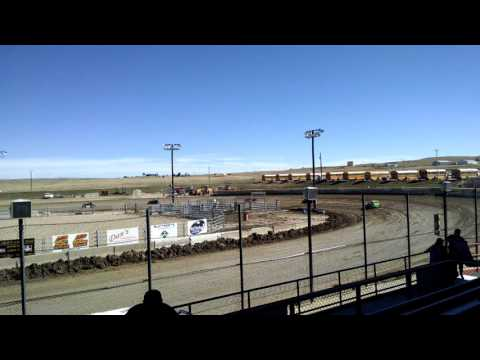 Dwarf cars race El Paso County Speedway