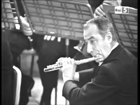 Severino Gazzelloni playing Daphnis et Chloé