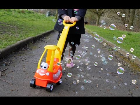 GO Bubbles ! Fun Activity for Kids Bubble Playtime Bubble Machines- Little  Cozy Coupe