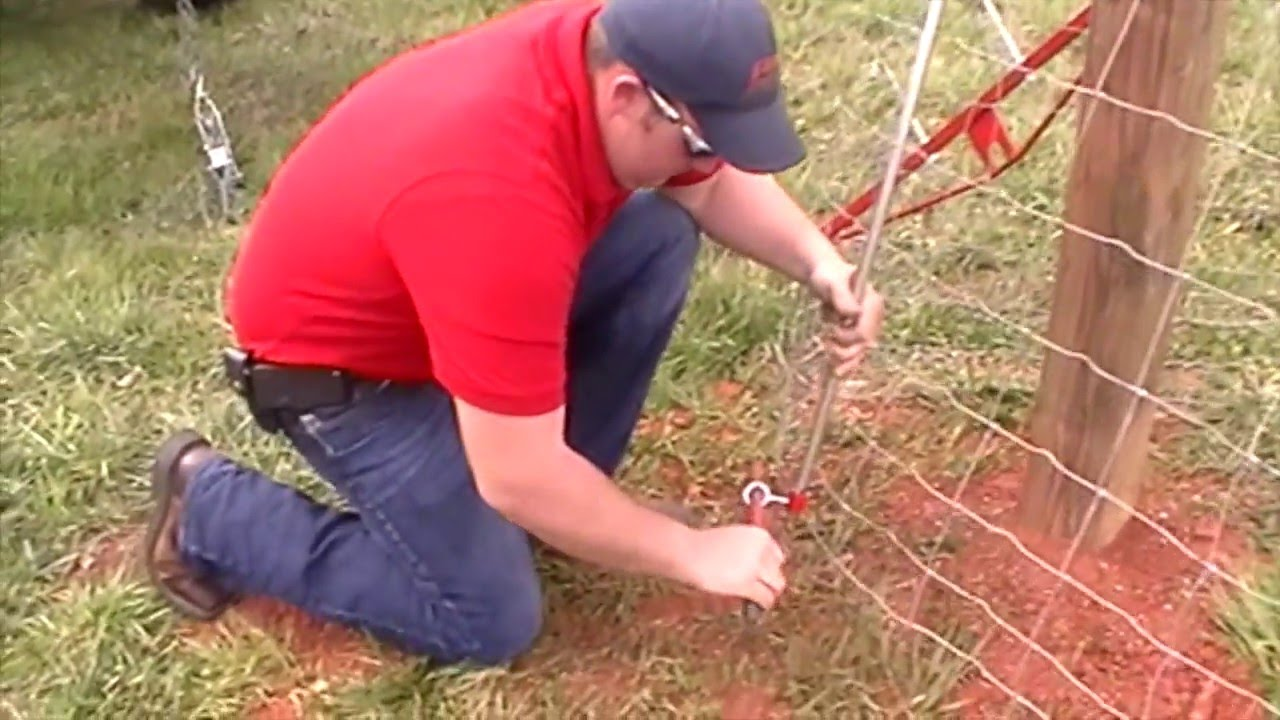 Installing Woven Field Fence - YouTube
