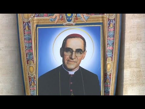 Salvadoran Archbishop Óscar Romero Is Canonized as Murder Remains Unsolved