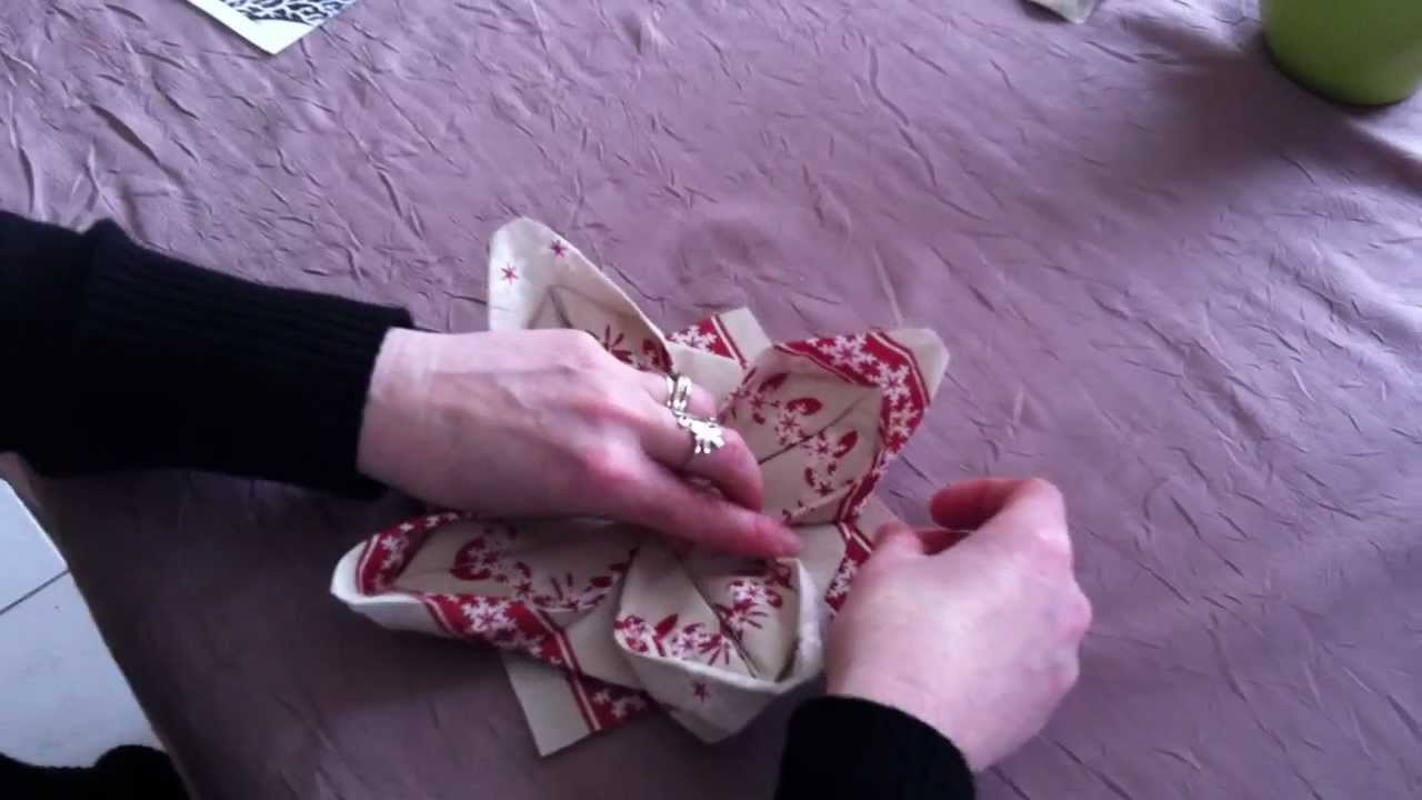d corer une table pliage de serviette en lotus n nuphar youtube. Black Bedroom Furniture Sets. Home Design Ideas