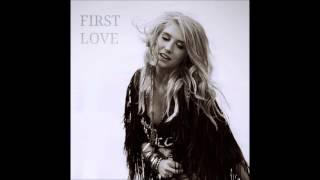 Ke$ha - First Love