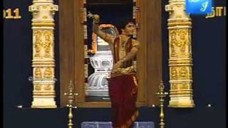 pavitra bhatt dancing bharatanatyam at natyanjali 2011