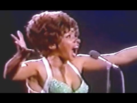 Shirley Bassey - SOMEHOW (1973 Live at Royal Albert Hall)