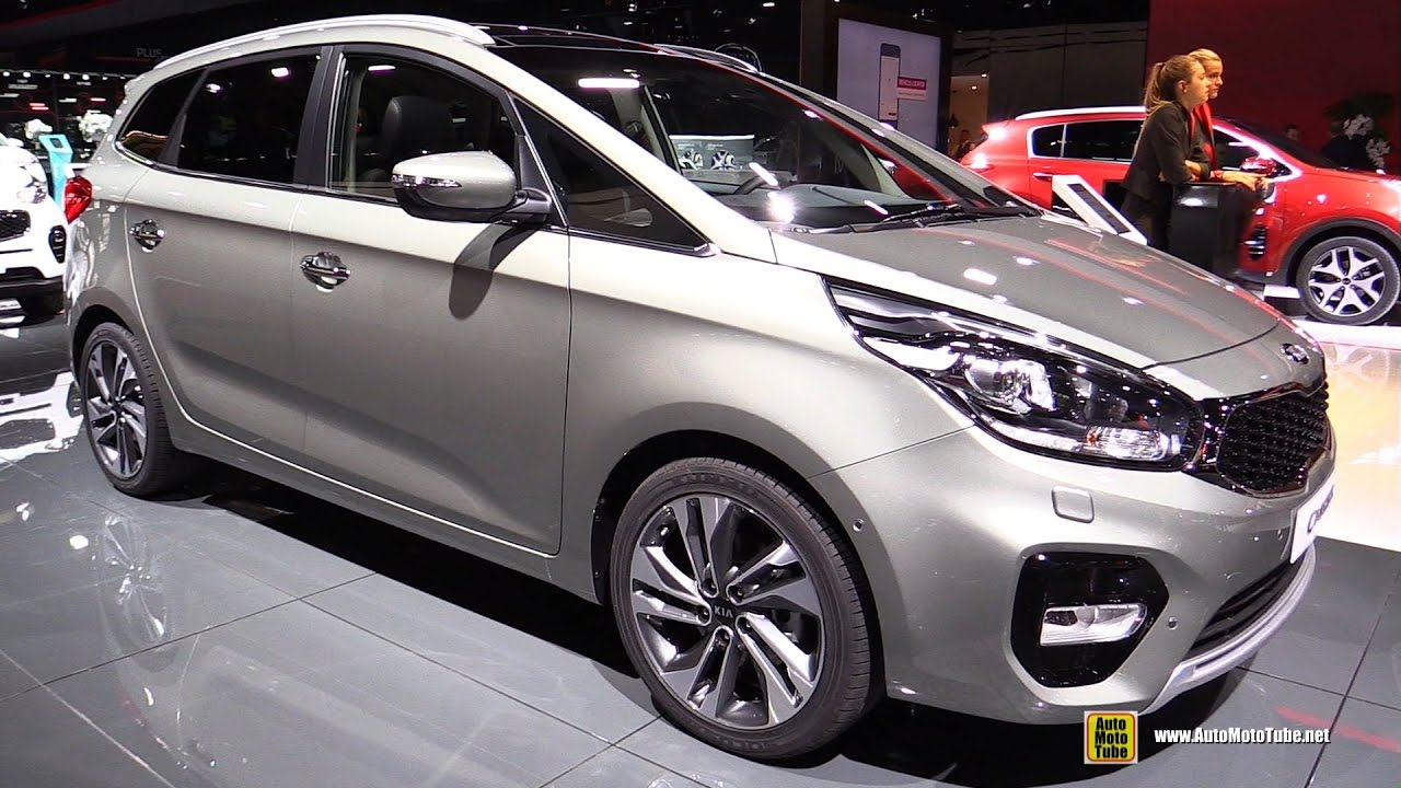 2017 kia carens 1 7 diesel exterior and interior walkaround 2016 paris motor show 2 youtube. Black Bedroom Furniture Sets. Home Design Ideas