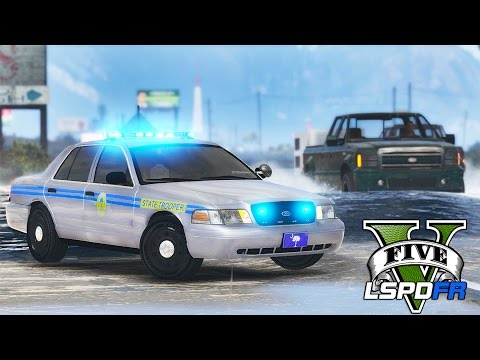 GTA 5 - LSPDFR Ep122 - South Carolina Patrol w/ Hurricane Mathew!!
