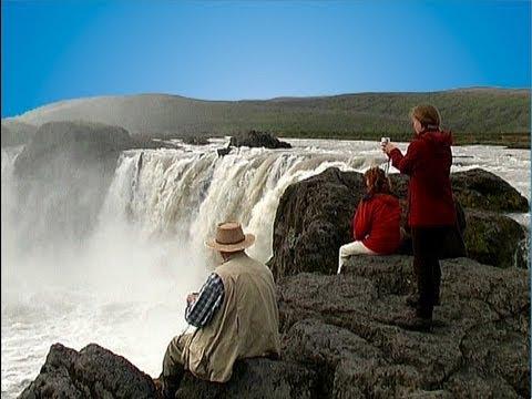 Island - Akureyri - Godafoss - Myvatn See