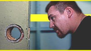 DOOR vs MAN