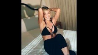 シャロン・ストーン60歳 恋人とビーチデートで、指にはダイヤのリングも......