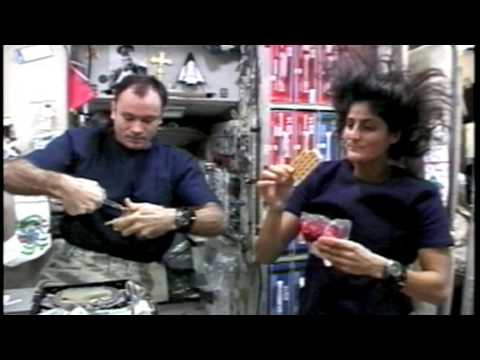 how astronauts eat in space - photo #26