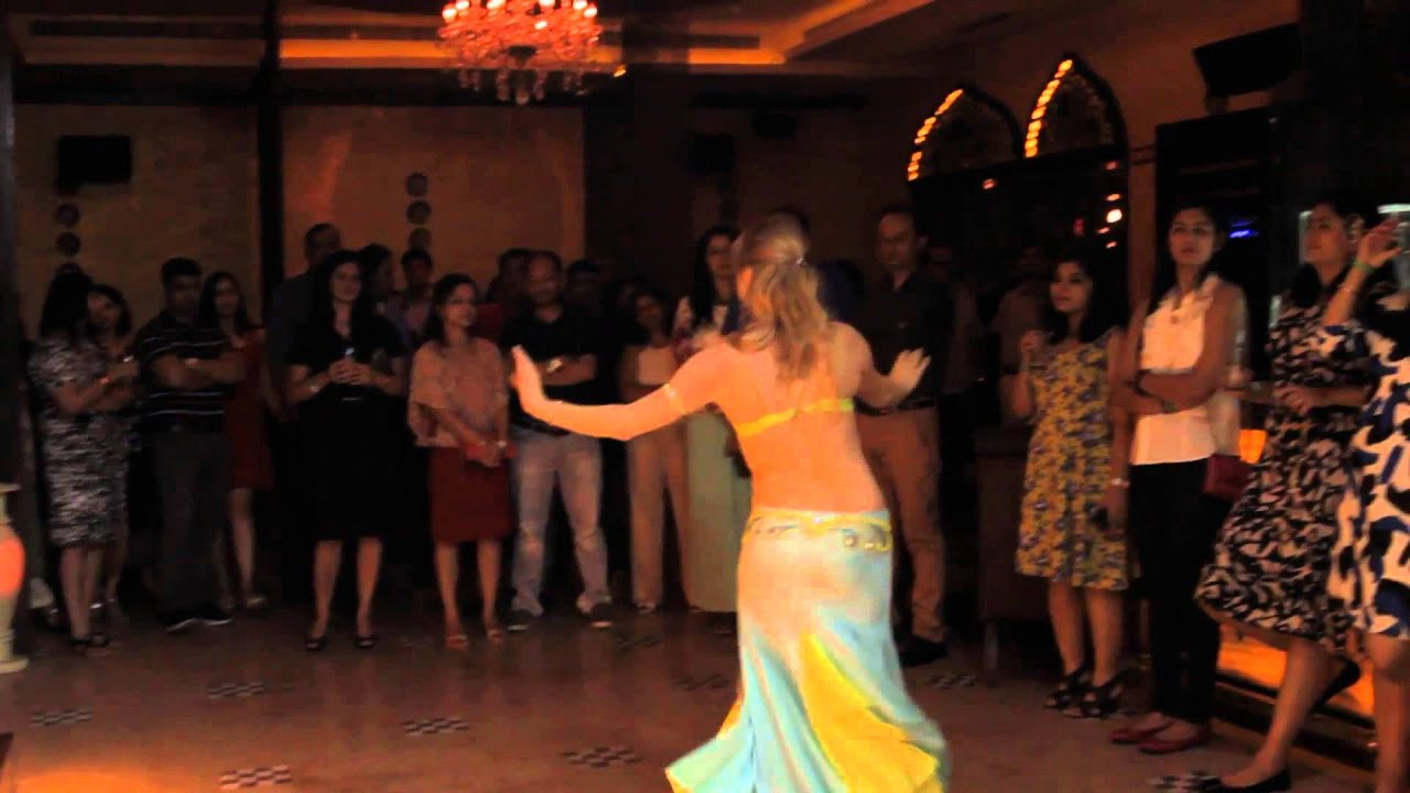 Mid Week Arabian Magic With Belly Dancers A Percussionist Act