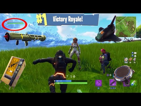 Playing Squads In Solo! (3 People Teaming Up) - Fortnite