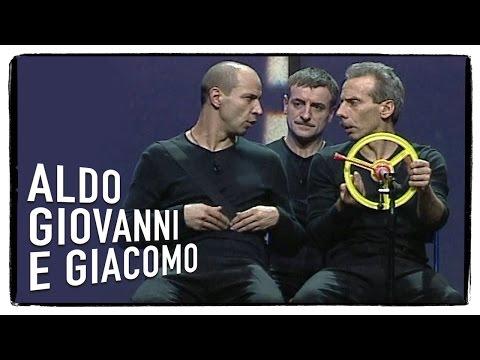 Il Viaggio in Subaru Baracca | Aldo Giovanni e Giacomo - Tel chi el telun