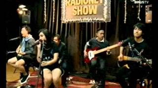 Killing Me Inside - Young Blood (Acoustic) Live at RadioNET BinusTV 30-09-2014