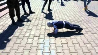 9 мая каменск-уральский - 4 года мальчик КРАСАВЧИК в упоре лежа 2