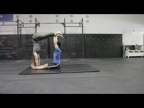 Beginner Acro Yoga Jedi Box and Jedi Crawl Tutorial