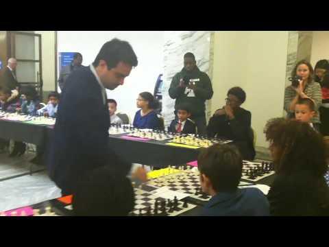 Detroit Institute of Arts - GM Manuel Leon Hoyos - Detroit City Chess Club handshakes