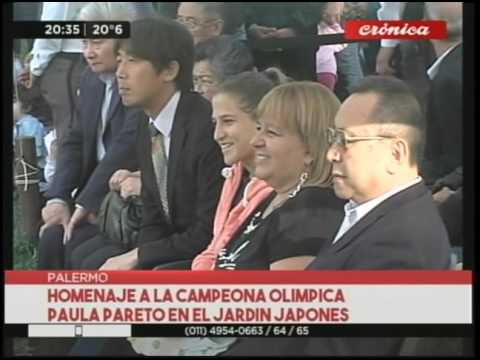Homenaje a la campeona olímpica Paula Pareto