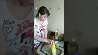 Как готовить сосиски в тесте и плюшки.