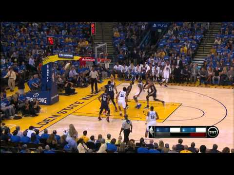 Stephen Curry Drops 40 on Opening Night