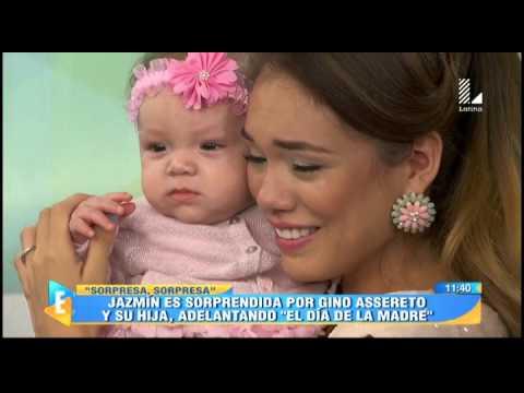 Jazmín Pinedo es sorprendida por Gino por el día de la madre